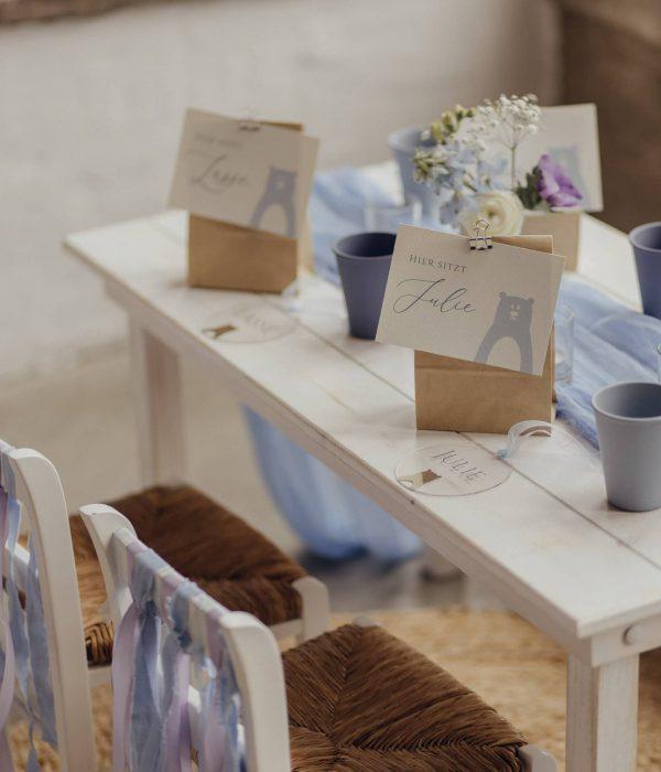 Kindertisch Classic White mit Stühlen